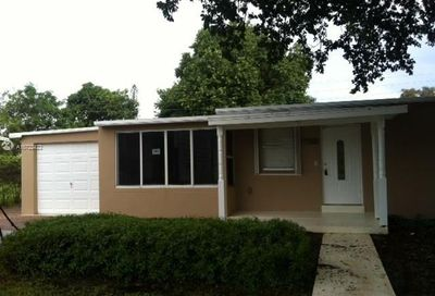 1565 NE 48th St   House Pompano Beach FL 33064