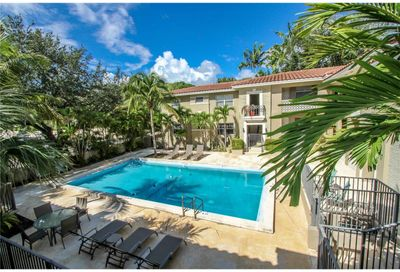 125  Edgewater Dr   7 Coral Gables FL 33133