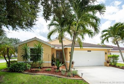 19124 NW 24th Pl Pembroke Pines FL 33029
