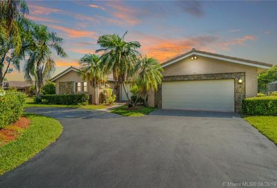 10093 NW 17 ST Coral Springs FL 33071