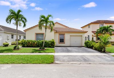 18536 NW 22nd St Pembroke Pines FL 33029