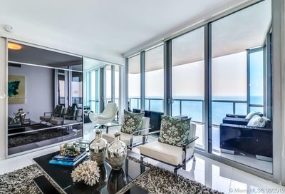 17121  Collins Ave   3206 Sunny Isles Beach FL 33160