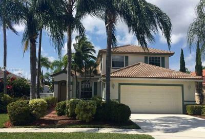 2036 NW 182nd Ave Pembroke Pines FL 33029