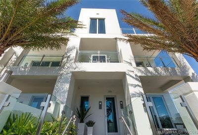 261  Shore Ct Lauderdale By The Sea FL 33308