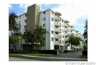 210  Sea View Dr   ground Key Biscayne FL 33149