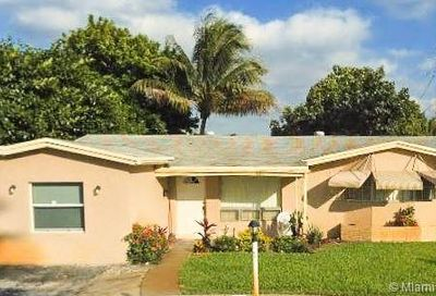 3640 NW 34th Ter Lauderdale Lakes FL 33309