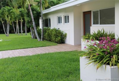 12100 SW 68th Ave Pinecrest FL 33156
