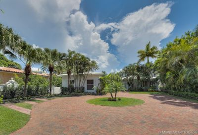 5529  Pine Tree Dr Miami Beach FL 33140