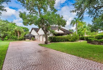 4450 NW 98th Ave Coral Springs FL 33065