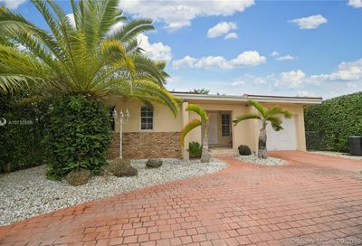 2005  Red Road Coral Gables FL 33155