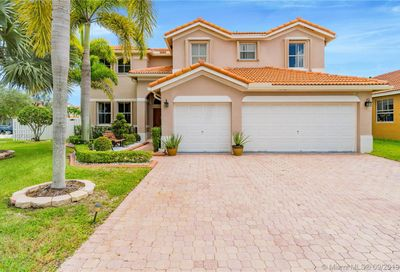 1379 NW 166th Ave Pembroke Pines FL 33028