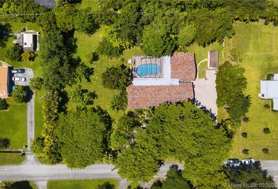 12200 SW 68th Ct Pinecrest FL 33156