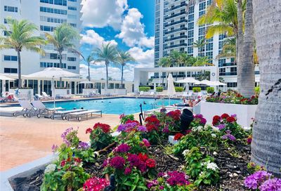 10275  Collins Ave   425 Bal Harbour FL 33154