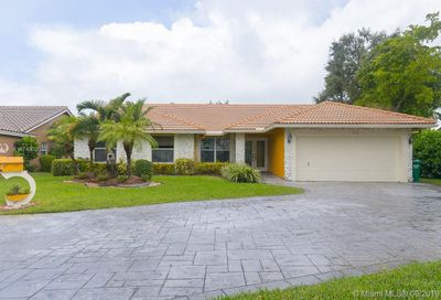 9603 NW 24th Pl Coral Springs FL 33065
