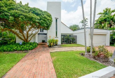 80  Bay Heights Dr Miami FL 33133