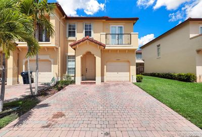 12867 SW 134th Ter Miami FL 33186