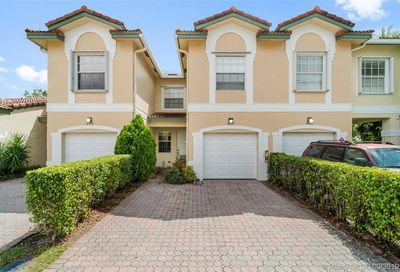 4777 NW 116th Terrace Coral Springs FL 33076