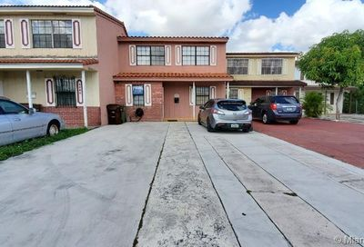 6520 W 2nd Ct   6520 Hialeah FL 33012