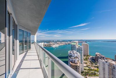 465  BRICKELL AVE   5201 Miami FL 33131