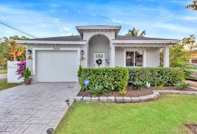 2900 NW 6th Ct Fort Lauderdale FL 33311
