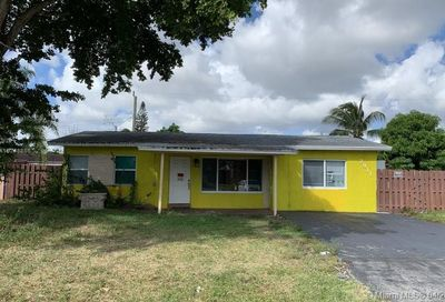 2911 NE 10th Ter Pompano Beach FL 33064