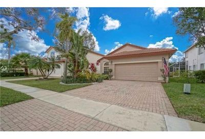1243 NW 192nd Ter Pembroke Pines FL 33029