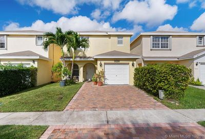4159  Eastridge Cir Deerfield Beach FL 33064