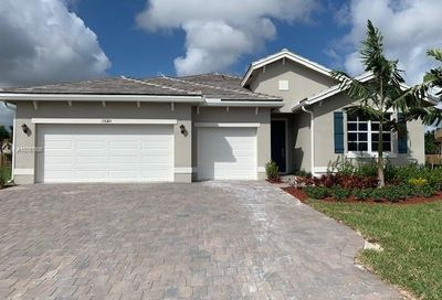 19820 SW 132 Ct Miami FL 33177