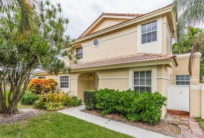 3327  Deer Creek Alba Way Deerfield Beach FL 33442