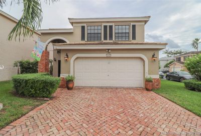 3415 NW 112th Way Coral Springs FL 33065