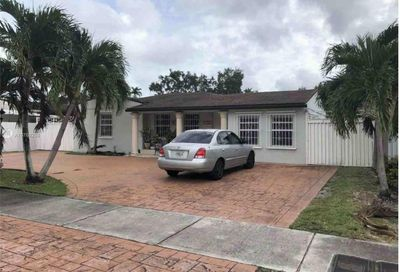 7320 SW 13th Ter Miami FL 33144
