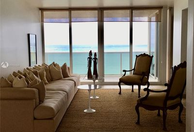 19111  Collins Ave   805 Sunny Isles Beach FL 33160