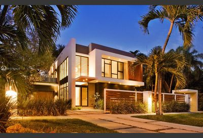 2463  overbrook st Coconut Grove FL 33133
