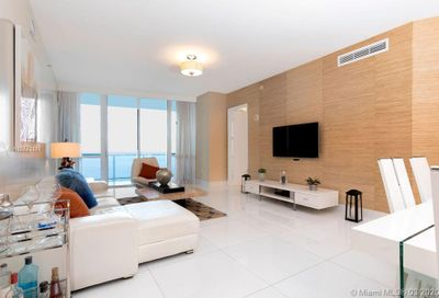 15811  Collins Ave   903 Sunny Isles Beach FL 33160