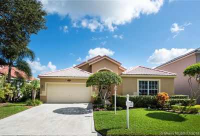 11626 NW 2nd Dr Coral Springs FL 33071