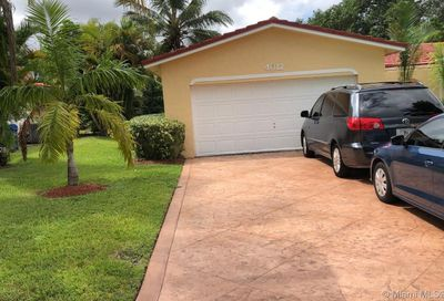 4012  Nw 76th ave Coral Springs FL 33065