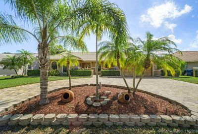 8640 NW 50th Dr Coral Springs FL 33067