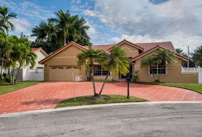 165 NW 164th Ave Pembroke Pines FL 33028