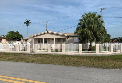 411 W 39th Pl Hialeah FL 33012