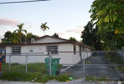 3074 NW 95th St Miami FL 33147