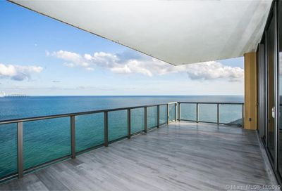 17749  Collins Ave   2002 Sunny Isles Beach FL 33160