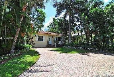 327  Golden Beach Dr Golden Beach FL 33160