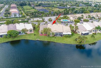 5134 W Madison Lakes Cir W Davie FL 33328