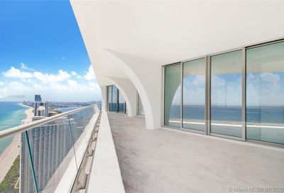 16901  Collins Ave   4901 Sunny Isles Beach FL 33160