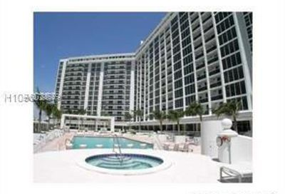10275  Collins Ave   927 Bal Harbour FL 33154