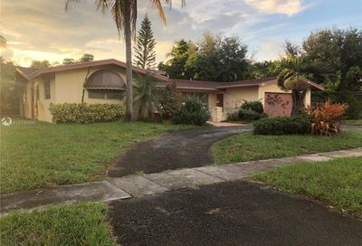 881 NW 67th Ave Plantation FL 33317