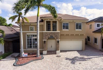 1663 SW 154th Ct Miami FL 33185