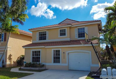 11242 NW 46th Dr Coral Springs FL 33076