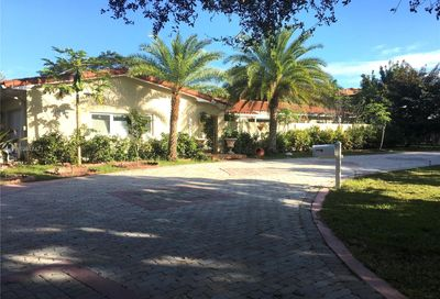 10951 SW 60th Ave Pinecrest FL 33156