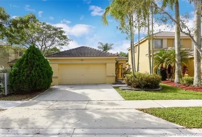 1163  Golden Cane Dr Weston FL 33327